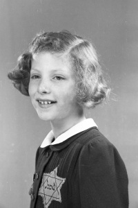 AW 1943 20-18 Judith Trijtel-200-300C.jpg
